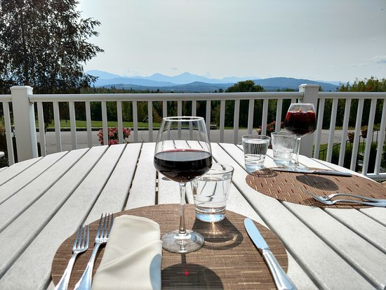 Whitefield, Nueva Hampshire: The start to a great lunch on the patio!