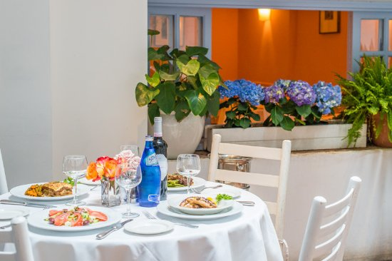 Periyali: Our space is decorated with fresh flowers every week
