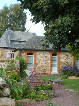 Ducey, France: the garden and our room