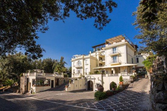 Hotel Castel Vecchio: Facciata