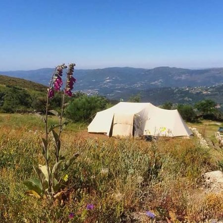Cabeceiras de Basto, Португалия: 1 of our 4 spacious camping pits