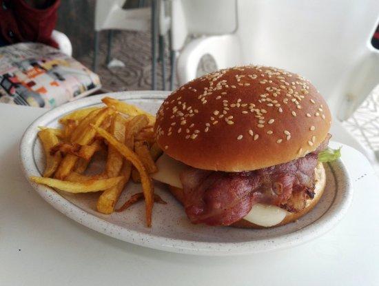 Medinaceli, Spain: Hamburguesa completa