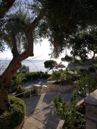 Paxos Beach Hotel: IMG_20170915_085039_large.jpg