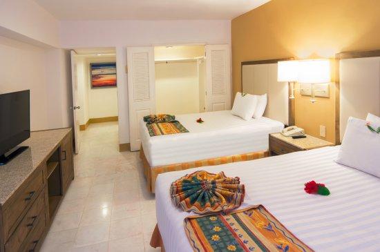 Tesoro Ixtapa : Master Suite