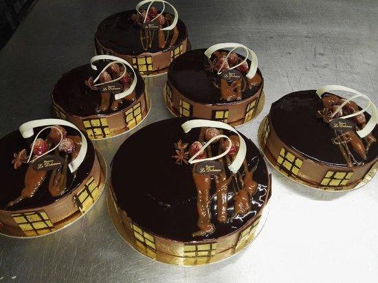 """Mogliano Veneto, Italia: La """"PRODIGE"""" .... Mousse al cioccolato fondente,bavarese al caramello, fondo brownie al lampone"""