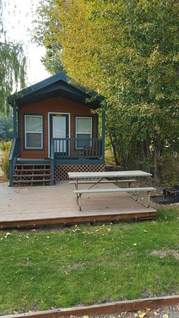Ellensburg, WA: One of our lovely cabins