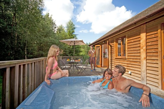Flaxton, UK: Gardeners Premier Hot Tub