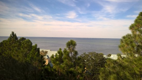 Bay Club of Sandestin: The view of Choctawhatchee Bay from our balcony.