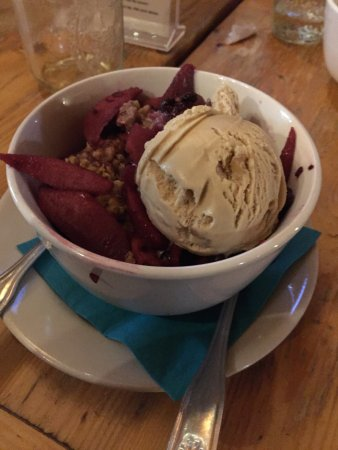 The Forks, ME: Apple Blueberry Crisp with Maple Walnut Ice Cream