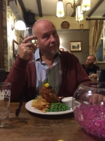 The Boot Inn: Beautifully served fish & chips
