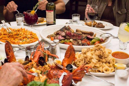 Carmine 39 s feast picture of carmine 39 s italian restaurant for Carmines nyc