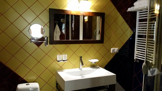 Casa Rozelor - boutique hotel: 20170919_133002_large.jpg