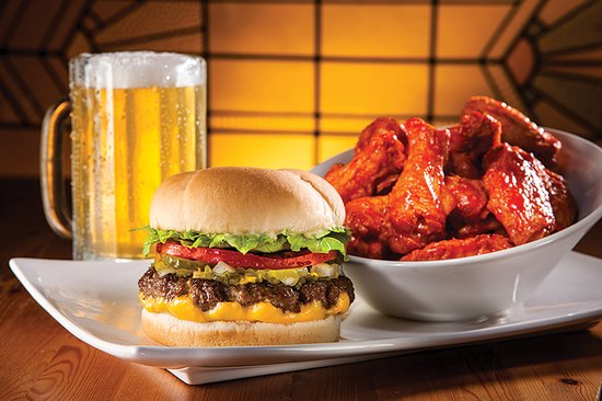 Spruce Grove, Canada: Fatburger with Cheese, Buffalo Chicken Wings &  Draft Beer