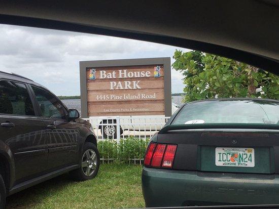Matlacha Bat House Park: Sweet Little Fishing Spot