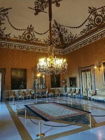 Palazzo Reale di Napoli : IMG_20170915_175322_large.jpg