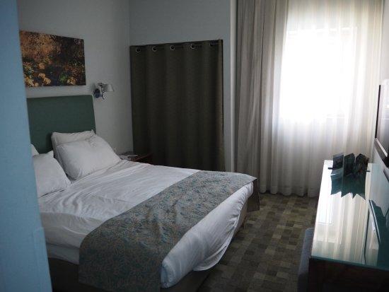 Hotel Prima Galil: 寝室