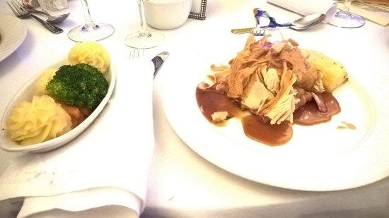 Cavan Crystal Hotel: Turkey & Ham, side of vegetables at wedding