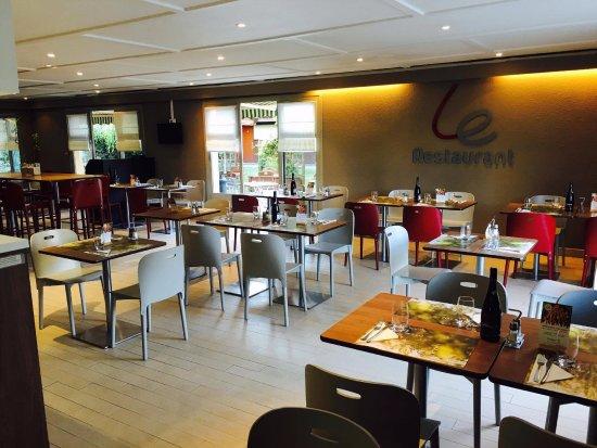 Villers-Saint-Paul, France : Restaurant