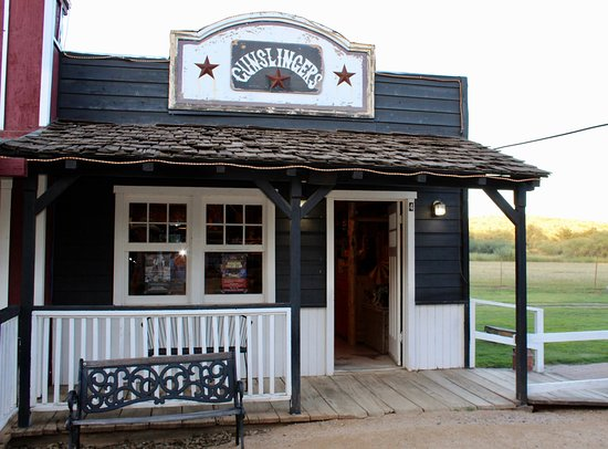 Cottonwood, AZ: One of the Western town shops at Blazin' M Ranch