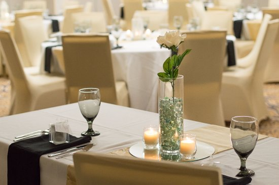Holiday Inn Gainesville University Center: Weddings, receptions, banquets