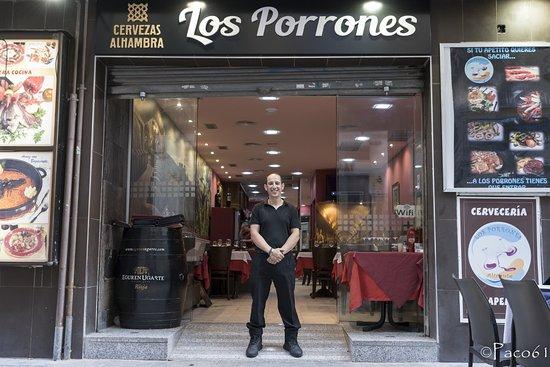 Restaurante Los Porrones: Sergio werkt bij Los Porrones. Prettig gestoord en heel attent.
