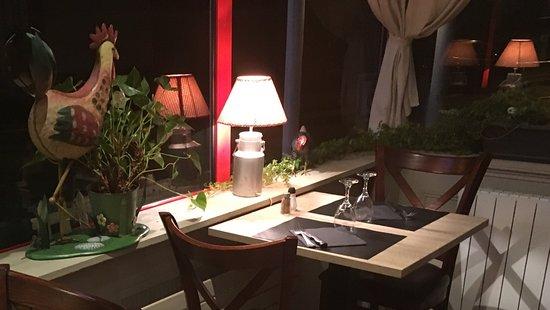 Creperie La Grange : intérieur du restaurant