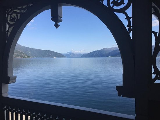 Balestrand, Norwegia: View from our room which was in the older portion of the hotel