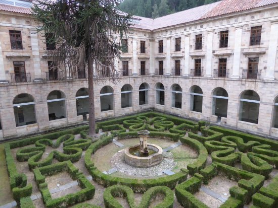 Cangas del Narcea, Spagna: the best quadrangle