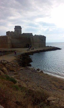 Le Castella, Italy: interessante fortezza sul mare di capo rizzuto
