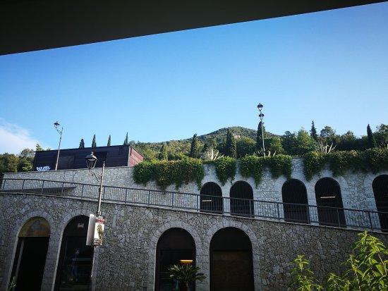 Aromi Piccolo Hotel : IMG_20170905_081052_large.jpg