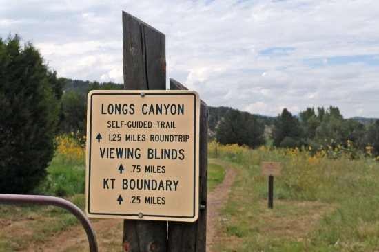 Trinidad, CO: Long's Canyon trail to K/T boundary