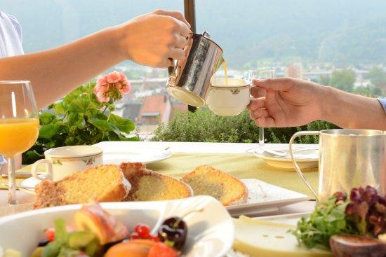 Bludenz, Österrike: Reichhaltiges Schlosshotel Energie-Frühstück
