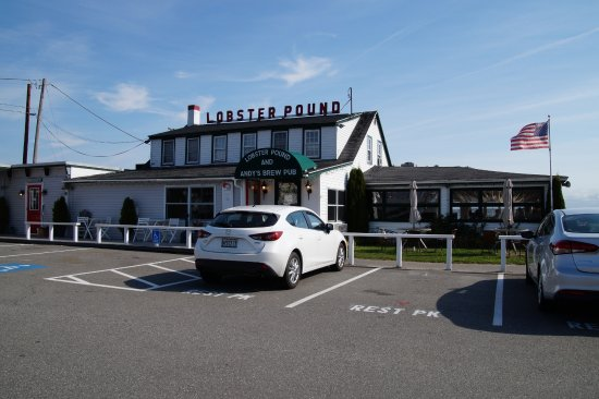 Lincolnville, Мэн: Front exterior of restaurant