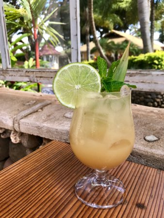 Wailuku, HI: Tropical Cocktails