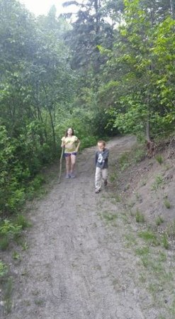 Devon, Canada : Hiking
