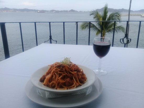 Paraiso Restaurant : Rica bolognesa