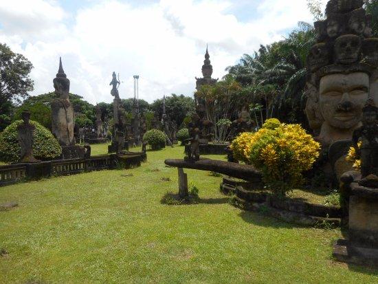 ArghyaKolkata Buddha Park, Vientiane-36