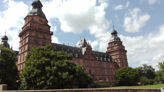 Schloss Johannisburg mit Schlossanlagen: zamek