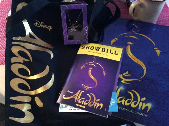 Aladdin   The Musical: Some Items That Can Be Purchased . Bag, Sourveneir  Program