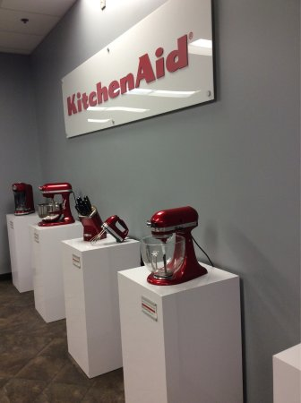 Greenville, OH: KitchenAid Experience Retail Center