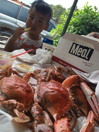 Nowra, Austrália: 螃蟹很多肉