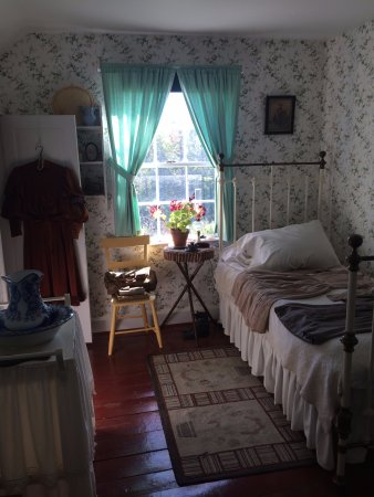 Green Gables: Anne Shirley's bedroom