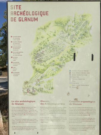 Saint-Rémy-de-Provence, France : Sign (in French) detailing the main site