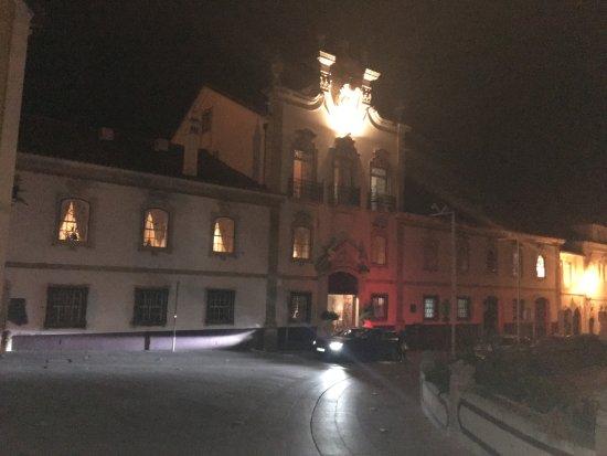 Lousa, Portugal: Fachada do Palácio