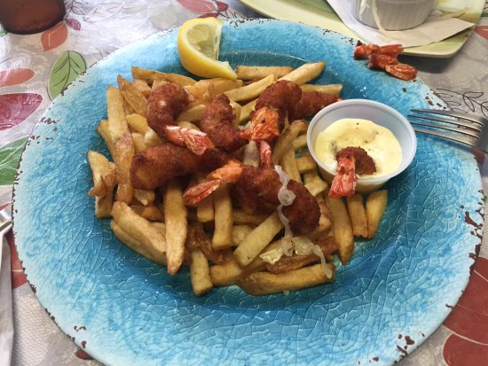 Garden Bay, Canada: Breaded prawns and chips