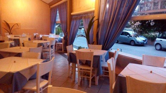 Lo scoglio ristorante pizzeria marina di grosseto ristorante recensioni numero di telefono - Bagno moderno marina di grosseto ...