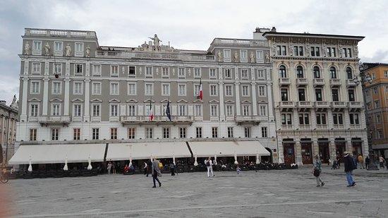piazza dell 39 unita d 39 italia trieste ce qu 39 il faut savoir pour votre visite tripadvisor. Black Bedroom Furniture Sets. Home Design Ideas