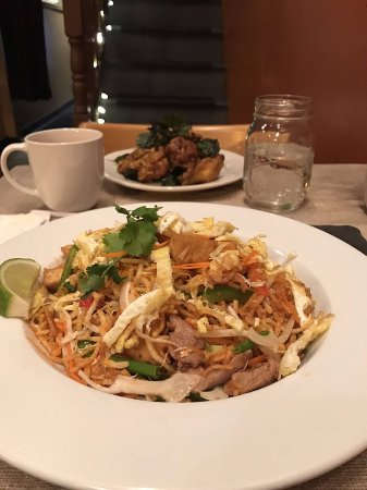 Cranston, RI: Crispy khmer noodles and bayon wings