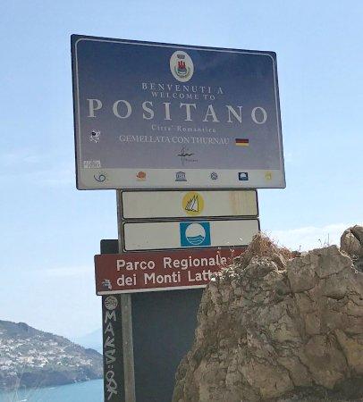 Hotel Buca di Bacco: Positano is lovely