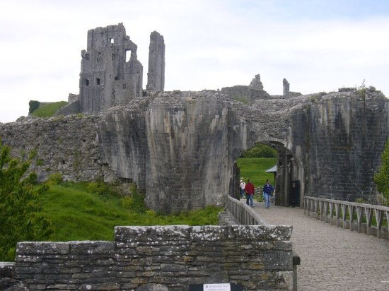 Corfe Castle, UK: photo1.jpg